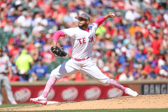 MLB: MAY 14 Athletics at Rangers